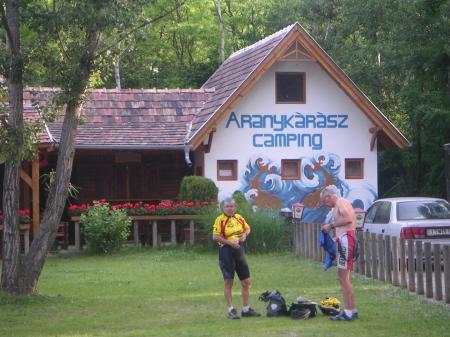 Arrivée dans un camping Hongrois...